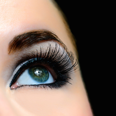womans-eyelashes-7-beauty-trends-that-could-damage-your-health-by-healthista.com-featured