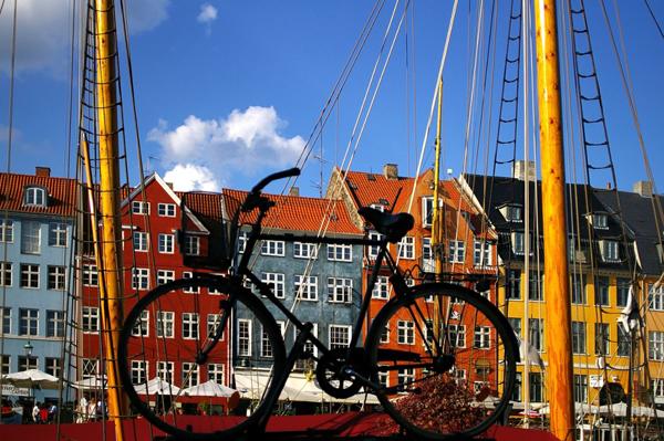 Copenhagen buildings and bicycle