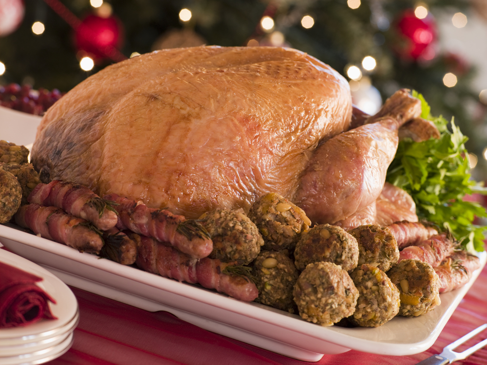 Traditional English Christmas Dinner.Uk Christmas Dinner Ranks Last In A League Table Of