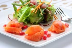 bigstock-Smoked-salmon-salad-25131881