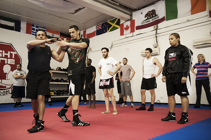 fight zone london class, women and boxing by healthista.com