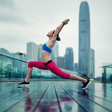 yoga-pose-city-backdrop-30-day-yoga-challenge-by-Healthista.com