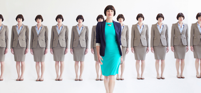 Business-women-in-suits-which-stress-suit-do-you-wear-by-healthista.com