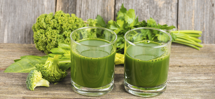Kale In Slow Juicer : REvIEWED: We love Hurum s slow juicer - try this delicious cold-pressed green juice!