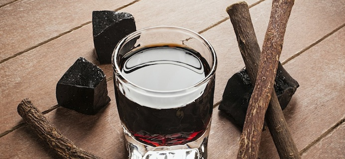 Liquorice liqueur with pure blocks and roots, 9 aphrodisiac foods, by healthista