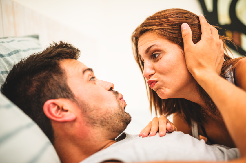 caring couple kiss, 5 ways to avoid relationship probelms with your lover, by healthista.com