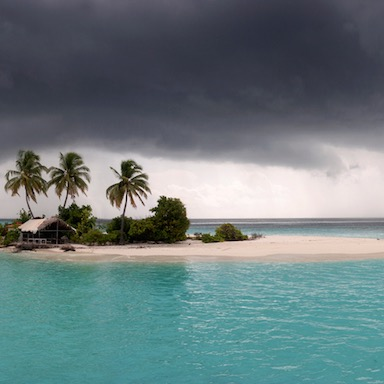 featured image, desert island, by healthista.com