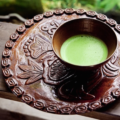 matcha tea featured, 7 reasons to drink matcha green tea, by healthista.com