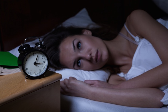 need to know the time, how sleep perfectionism is keeping you awake, by healthista.com