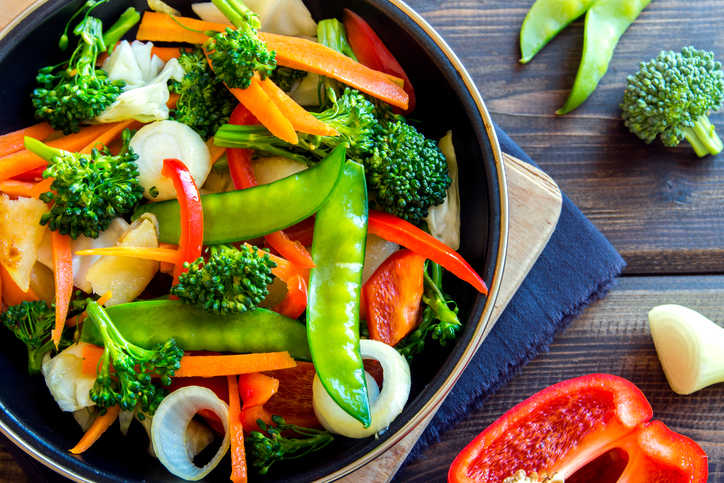 veg stir fry, 8 best fat burning foods by healthista