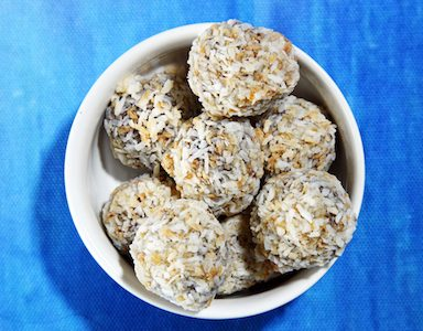 5 protein ball recipes that will make you stop craving chocolate at 4 p.m. feature