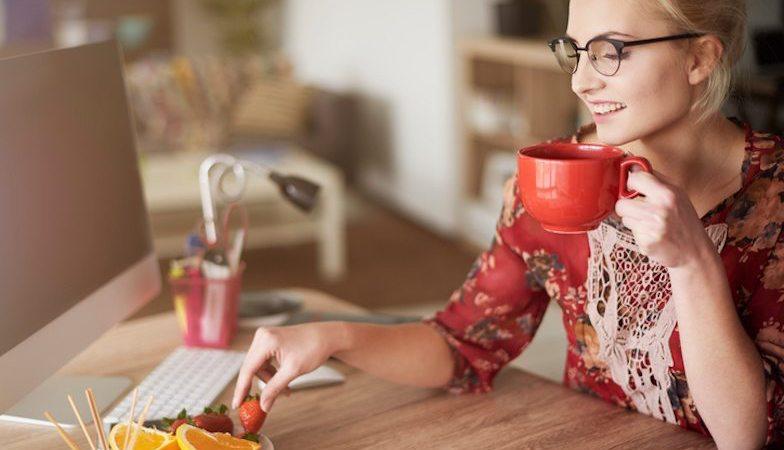8 things naturally slim women do