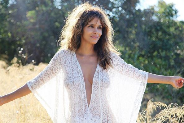 halle berry, 50 is the new 25 - celebrities looking hotter than ever (10)