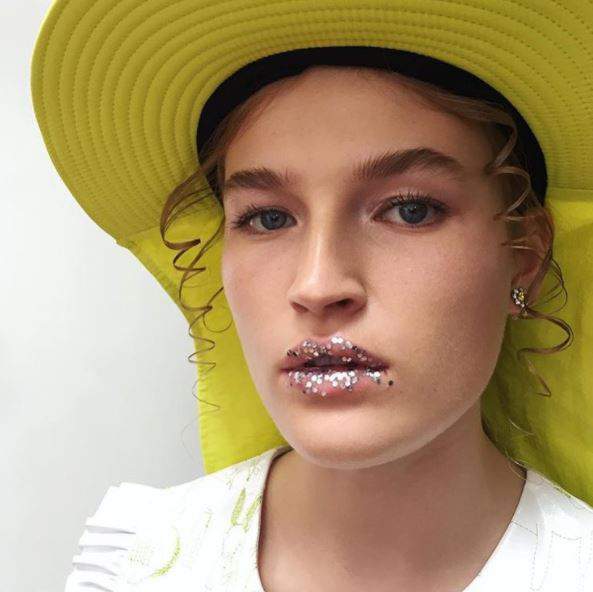 3 Beauty Trends From London Fashion Week Anyone Can Do