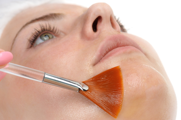 face-peel-7-beauty-trends-that-can-damage-your-health-by-healthista.com