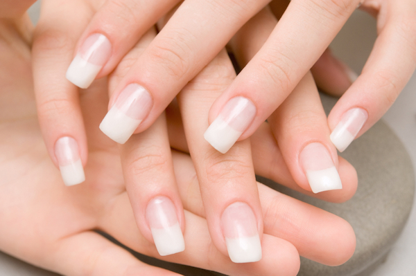 false-nails-7-beauty-trends-that-can-damage-your-health-by-healthista.com