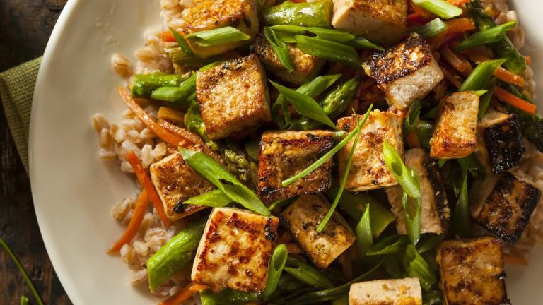 3-MINUTE-Vegetable-Tofu-Stir-Fry-by-healthista.com-main-image.jpg
