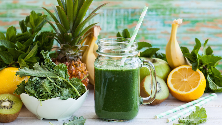 3-minutes-smoothies-by-healthista.com-main-image.jpg