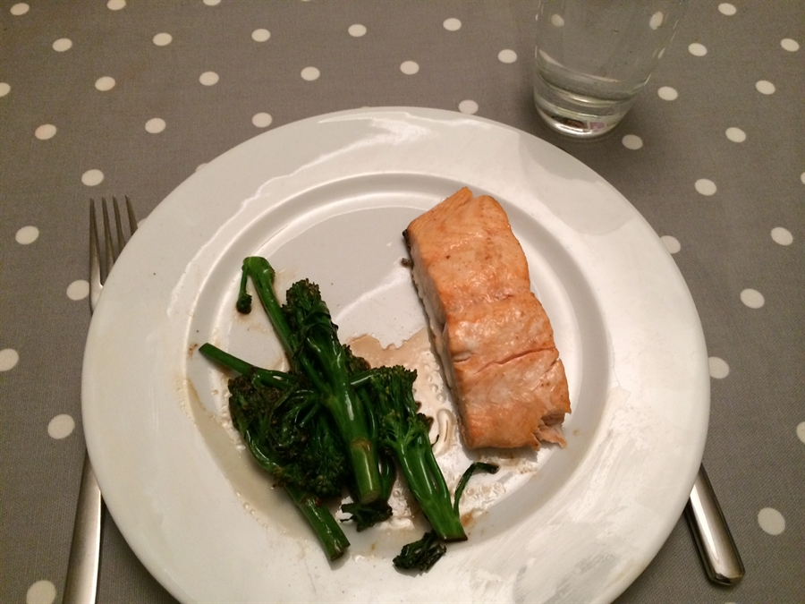 Salmon with boiled Broccoli