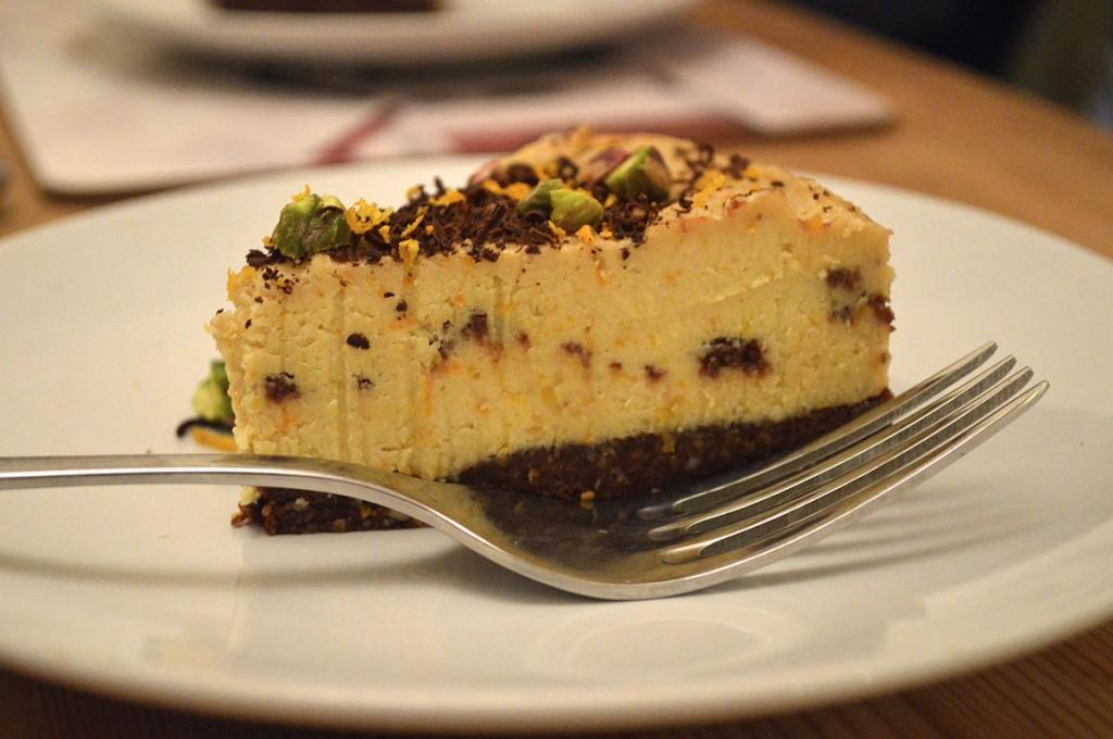 raw chocolate orange paleo cake recipe - The PERFECT paleo dinner party