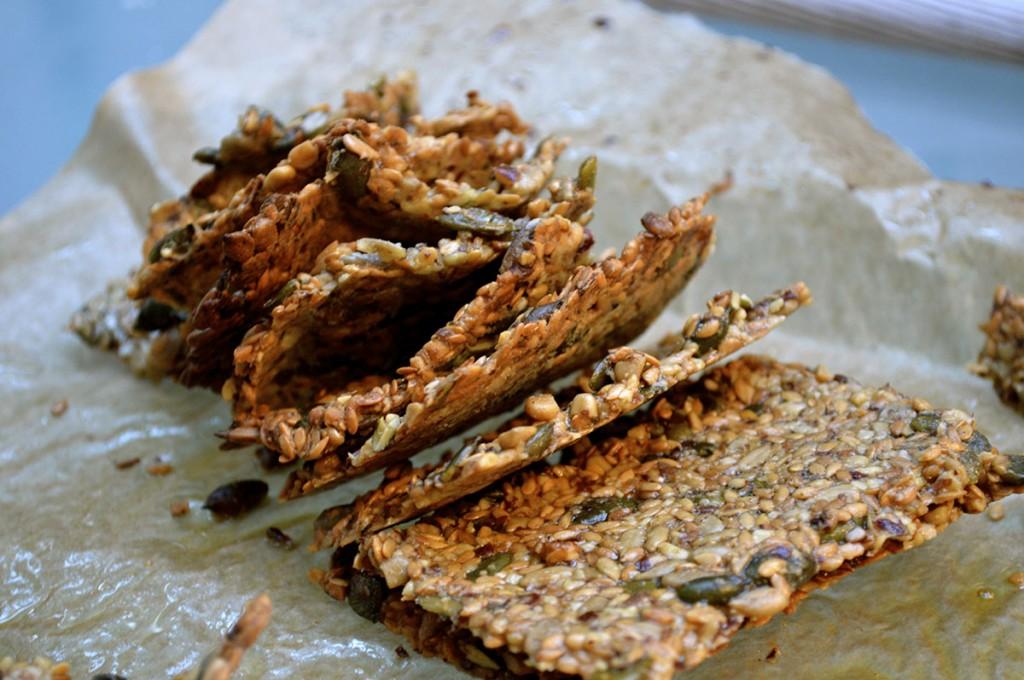 paleo crisp bread - The PERFECT paleo dinner party