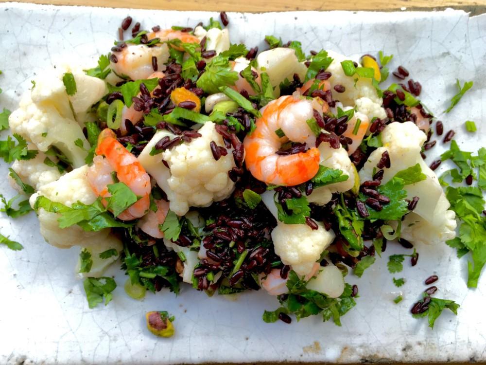 Prawns with black rice & cauliflower