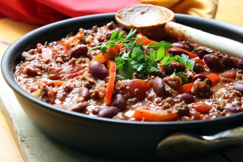 Turkey Chilli in dish, 5 healthy dishes under a fiver, by Healthista.com