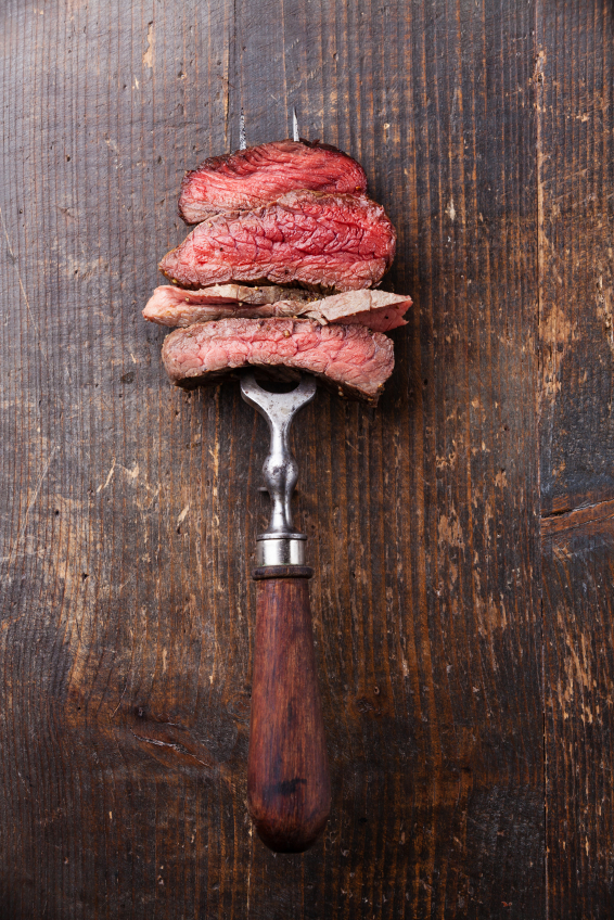 slices of steak, are you getting enough iron in your diet by healthista.com