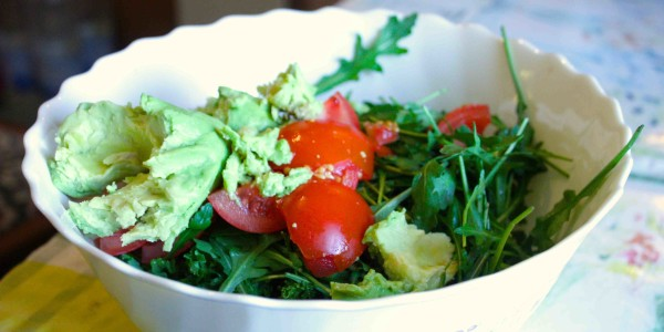 kale tomato and avocado salad, 5 Easy Alkaline Recipes, by Healthista.com