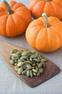 pumpkin-seeds-concentration-at-work-by-healthista.com