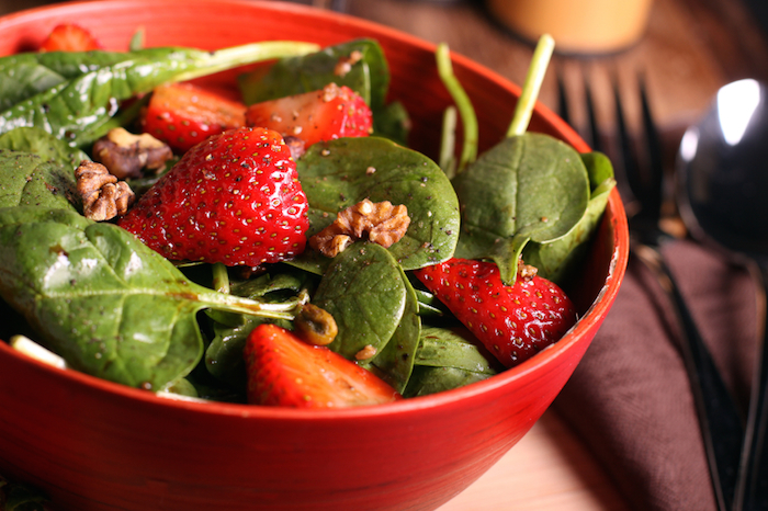 strawberry-salad-10-relaxation-tips-by-Healthista.com