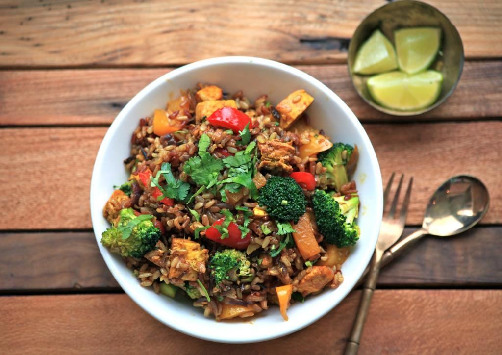 Tofu and Wild Rice, 5 foods for vegetarians, by healthista.com
