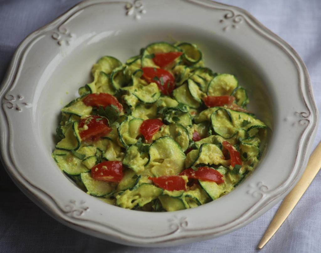 curried courgetti, 5 foods for vegetarians, by healthista.com