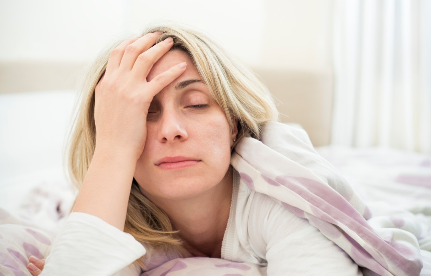 hungover women, reasons to try organic wine, by healthista.com