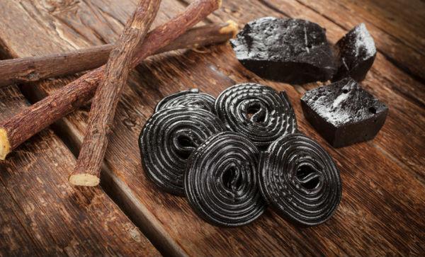 stress reducing food. licorice. healthista.com