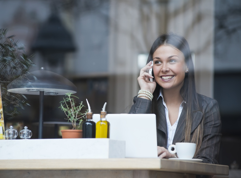 woman happy on lunch break, stress myths you probably believe, by healthista.com