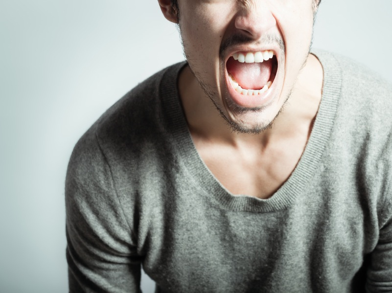 man shouting, will my boyfriend turn abusive? signs of abuse, by healthista