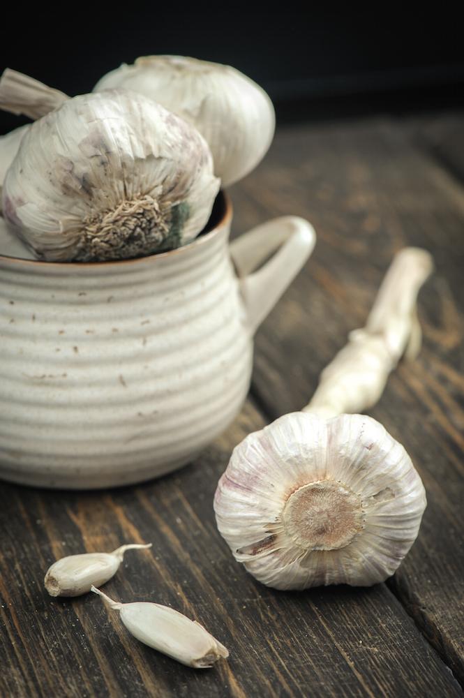 Garlic, 13 Essential Nutrients for a Healthy Heart by healthista.com