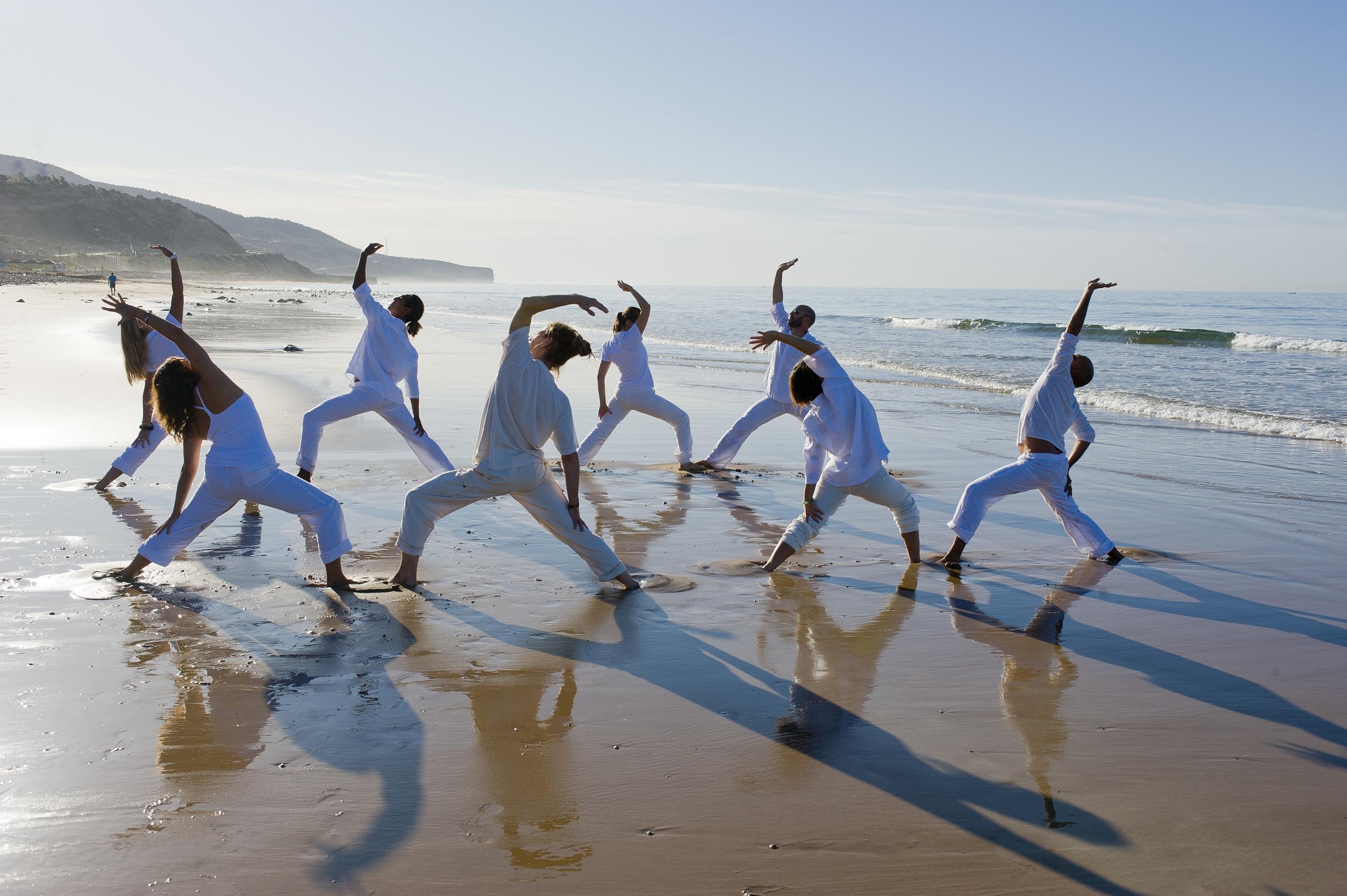 destination yoga at Paradis Plage, healthista