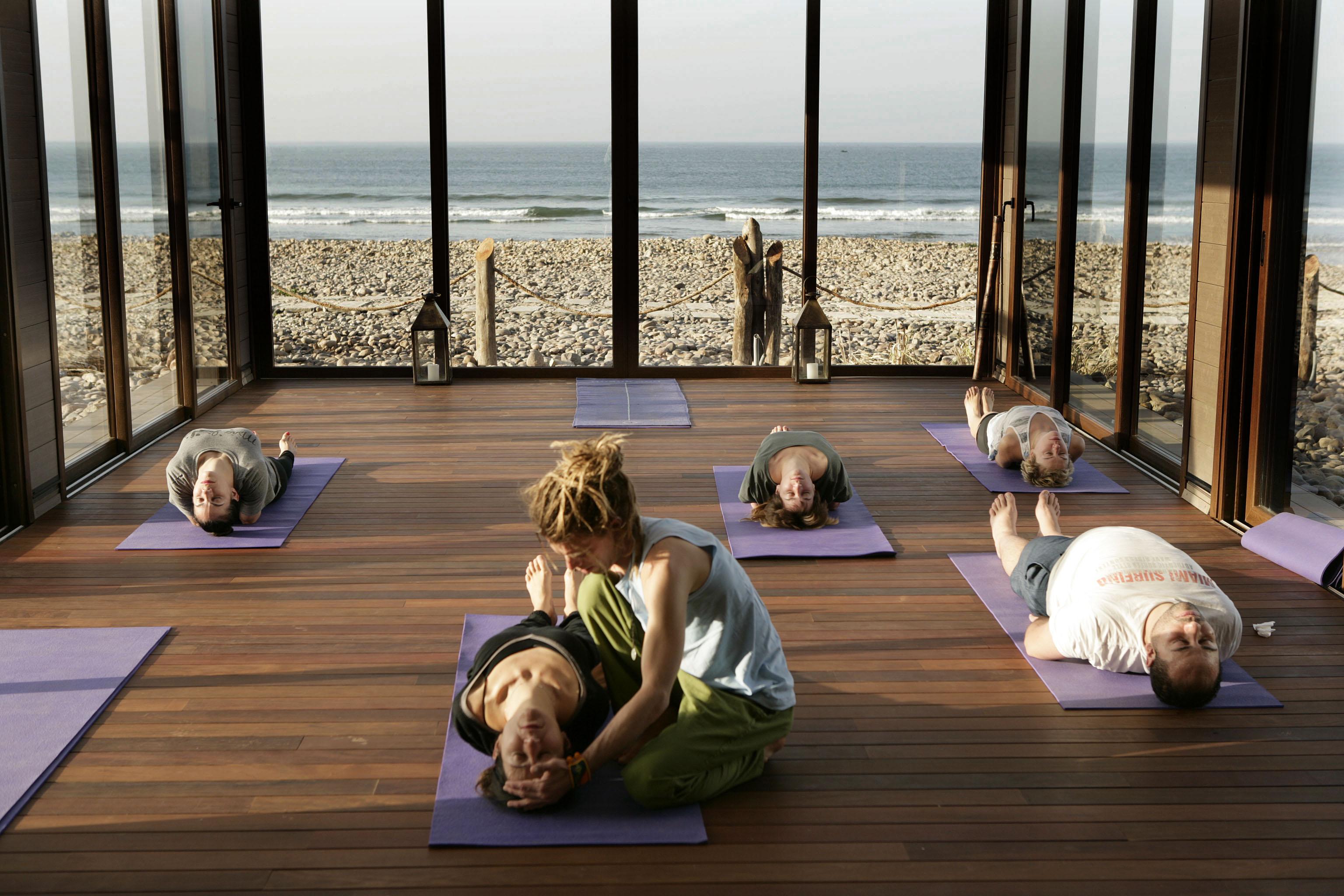 detination yoga at Paradis Plage, healthista