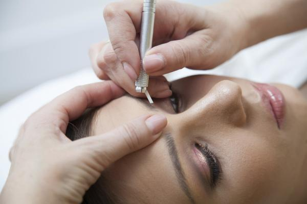 micbroblading eyebrows semi-permanent make-up is the new permanent.jpg