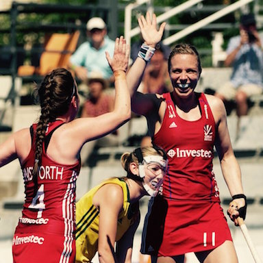Laura Unsworth high five feautured, Olympic Sport Report by healthista.com