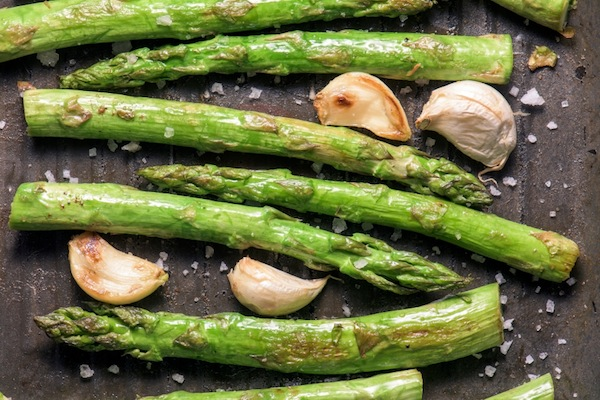 asparagus with garlic cooking, 11 reasons you're always hungry, by healthista