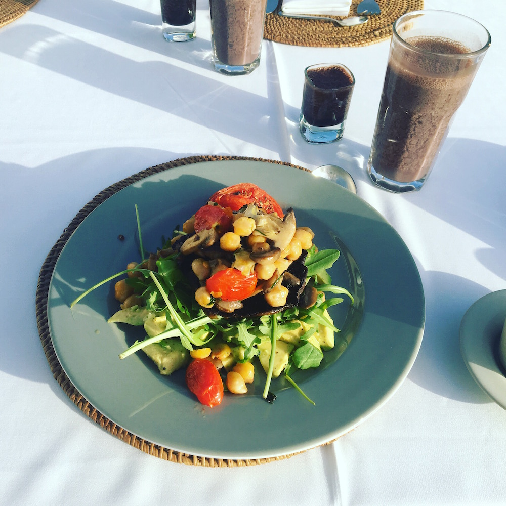 ...and the vegan option, a delight of chick peas, mushrooms and local veg