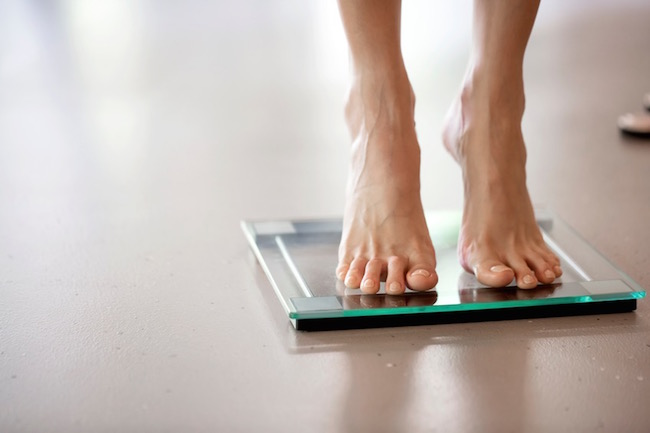 scales, Five ways your mind is sabotaging your weight loss, by healthista.com