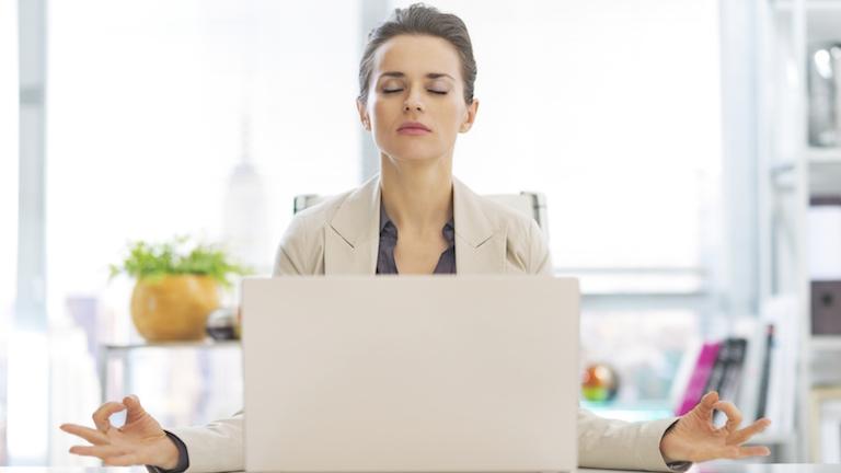 Main-9-ways-to-work-mindfulness-by-Healthista.com