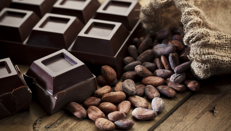 dark chocolate, 9 healthy fats to help you live longer, by healthista