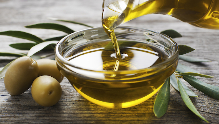 Olive oil, 9 healthy fats to help you live longer, by healthista