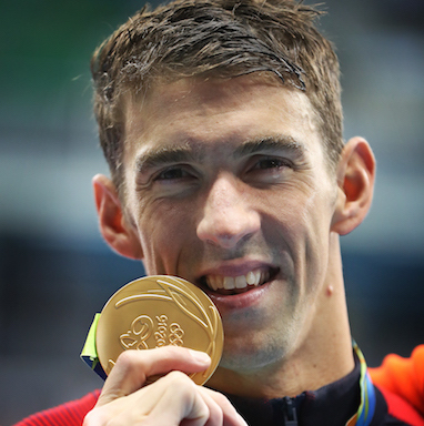 Michael-Phelps-gold-Rio-eat-think-train-like-an-Olympic-athlete-by-healthista-1