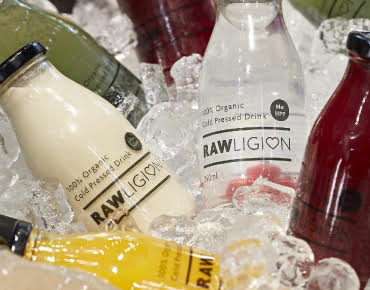 rawligion drinks, Best healthy snacks under 100 calories, by healthista.com
